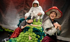 Kindertheater-ATZE-Frau-Holle_FOTO_METZNER