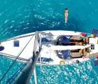 Reisen mit Kindern Sprung vom Boot