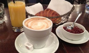 Frühstück-in-Paris