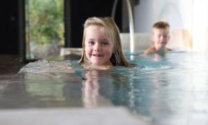 Familienurlaub in Bad Steben mit Kindern, Osterferien im Frankenwald, Therme ©Bayrische Staatsbad Bad Steben GmbH