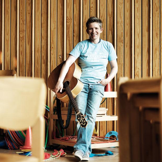 Stadtgestalten Berlin für Kinder Suli Puschban Kapelle der guten Hoffnung Rosa Parks Grundschule ©Dominik Butzmann