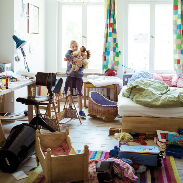 chaos im kinderzimmer die leidige geschichte vom aufr umen himbeer. Black Bedroom Furniture Sets. Home Design Ideas