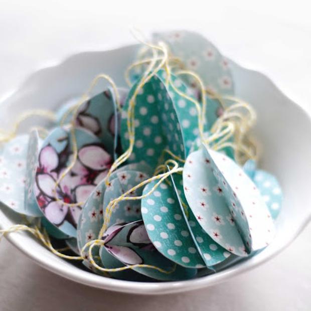 Selber machen: Ostereier basteln aus Papier | München