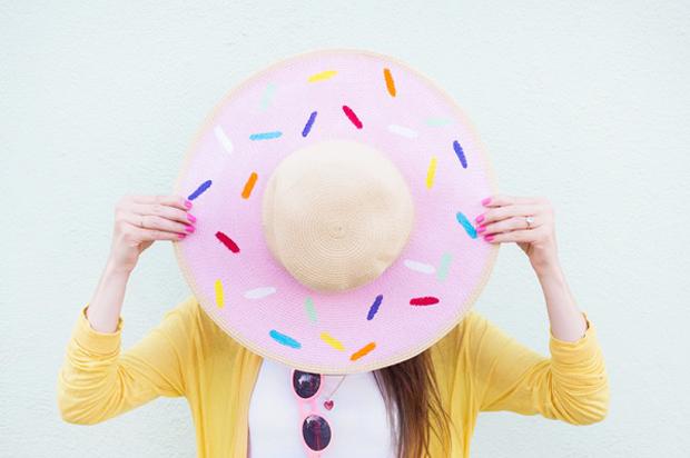 DIY-Donut-Floppy-Hat-studiodiy