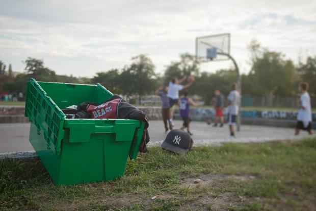 Box-vor-Basketballspiel