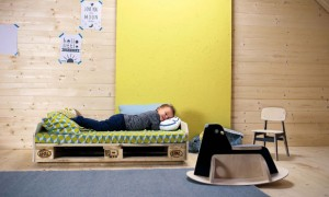 Kinderzimmer_DIY_Kindersofa©Julia-Romeiss_Gregor-Faubel_BLV