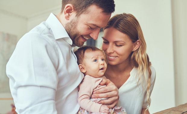 2_Pampers_Junge-Familie