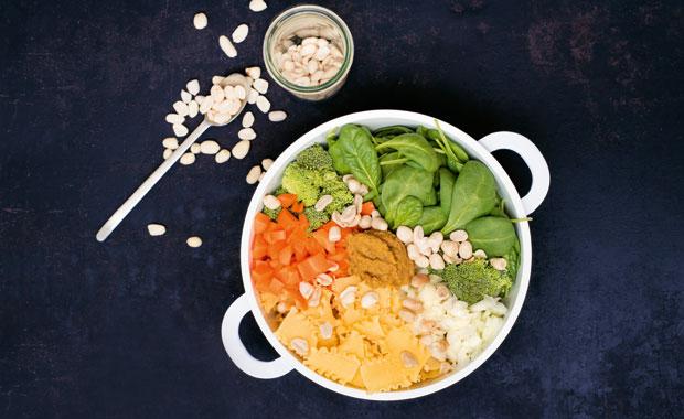 One-Pot-Pasta-Erdnuss-Spinat-2