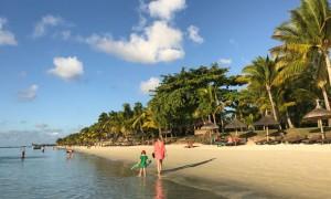 Strand-in-Trou-aux-Biches