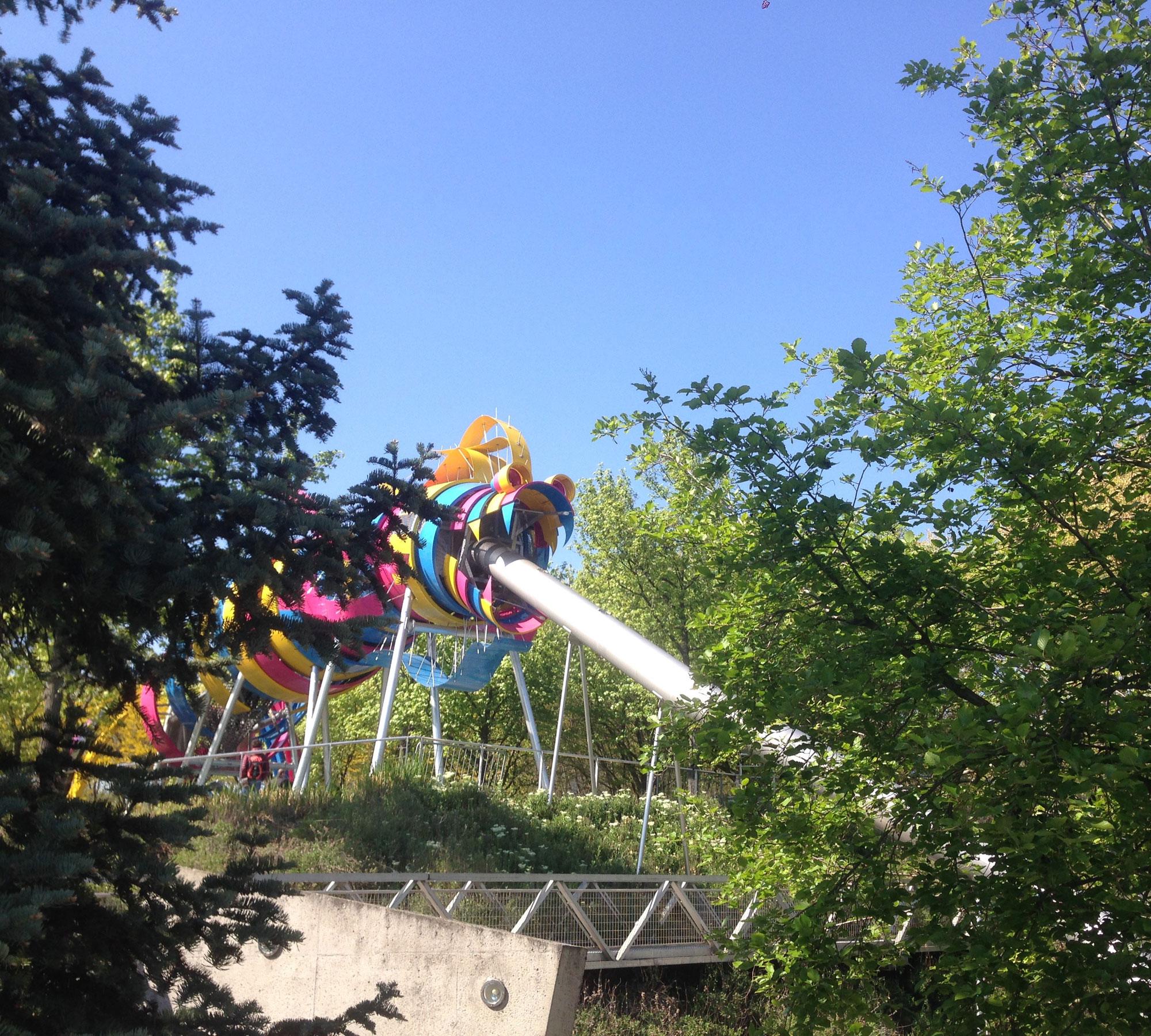 Spielplatz im Parc de la Villette | HIMBEER Magazin